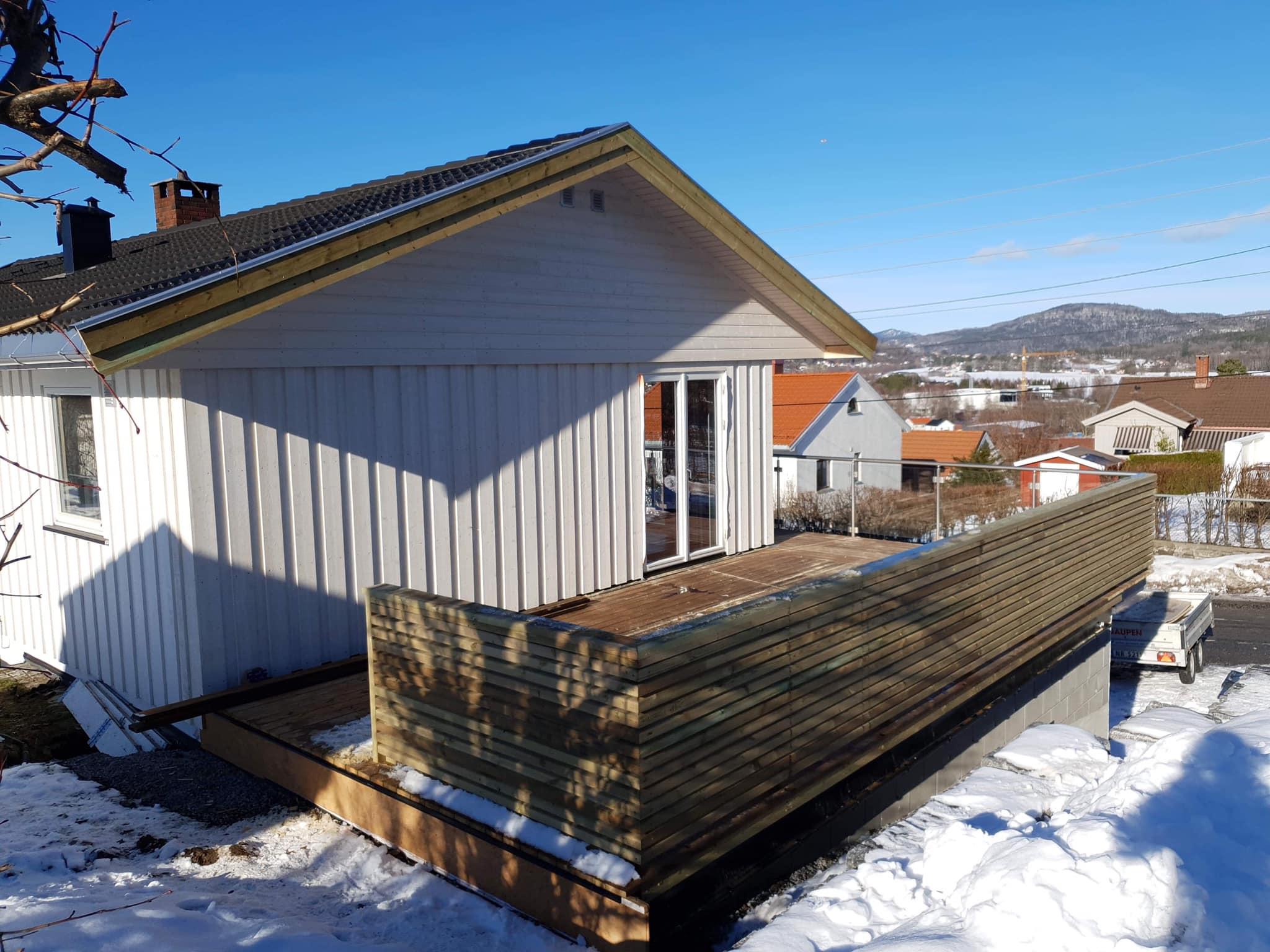 Påbygg med garasje og veranda