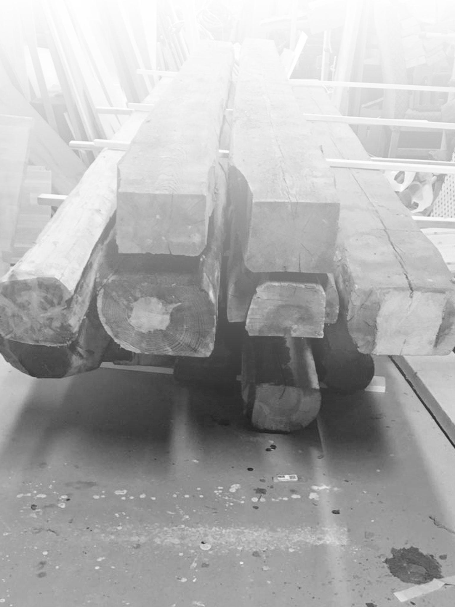 Tømmer brukt på snekkerverksted i Skien